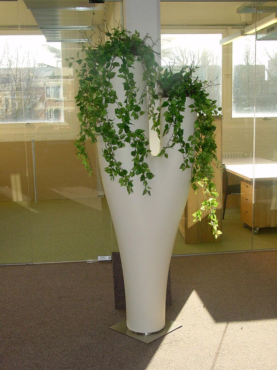Hangplanten in Serra Lunga vazen. Italiaans top design. Ook bij Kread'or verkrijgbaar.